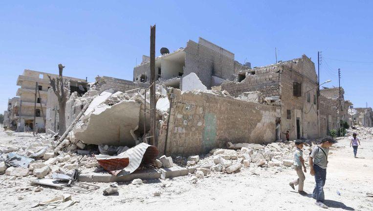 In de in puin geschoten stad Aleppo zijn Nederlandse djihadstrijders aanwezig. Beeld reuters
