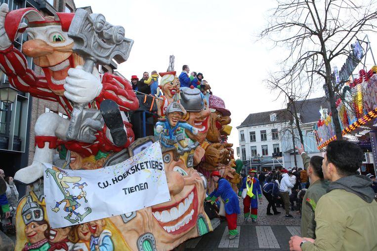 De markten wijzigen naar aanleiding van de carnavalstoet in Tienen.