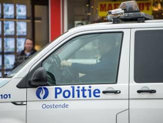 Bestuurder zonder rijbewijs vlucht met vier passagiers in z'n wagen weg: politie kan hem na korte achtervolging staande houden