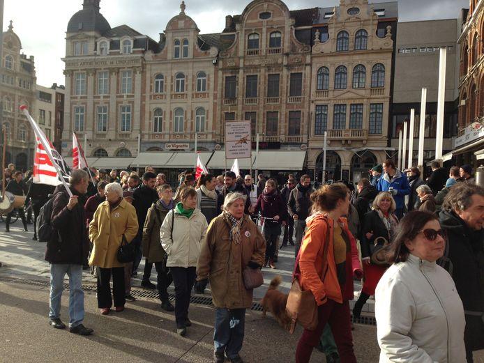 Volgens de organisatoren waren er zo'n vijfhonderd betogers.