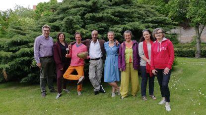 Sint-Godelieveabdij decor voor Internationale Yogadag