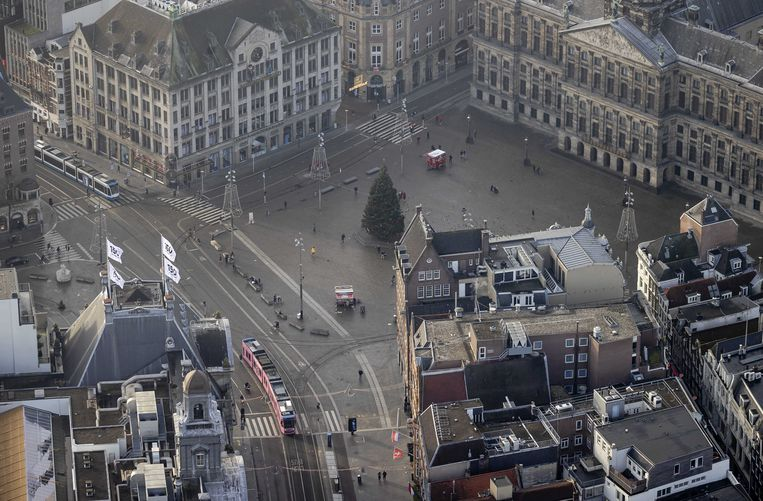 Een lege Dam in Amsterdam. Beeld ANP