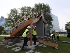 Oud hout krijgt nieuw leven op bestaande woning: studenten ontwerpen huis en bouwen het ook