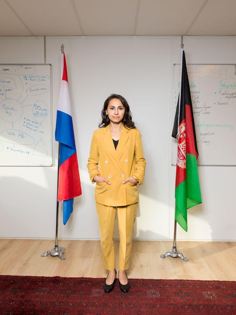 Niloufar Rahim, voorzitter van de Afghaans-Nederlandse stichting Keihan, die zich inzet voor Afghanen in Nederland. Beeld Ivo van der Bent