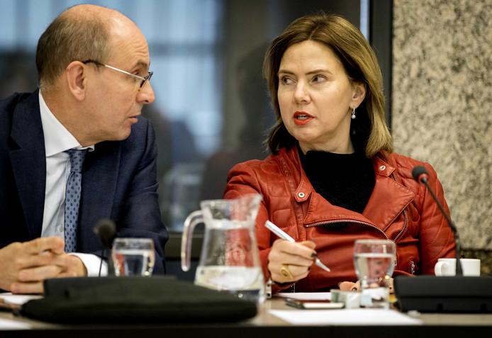 Minister van Infrastructuur en Waterstaat Cora van Nieuwenhuizen tijdens een debat over luchtvaart