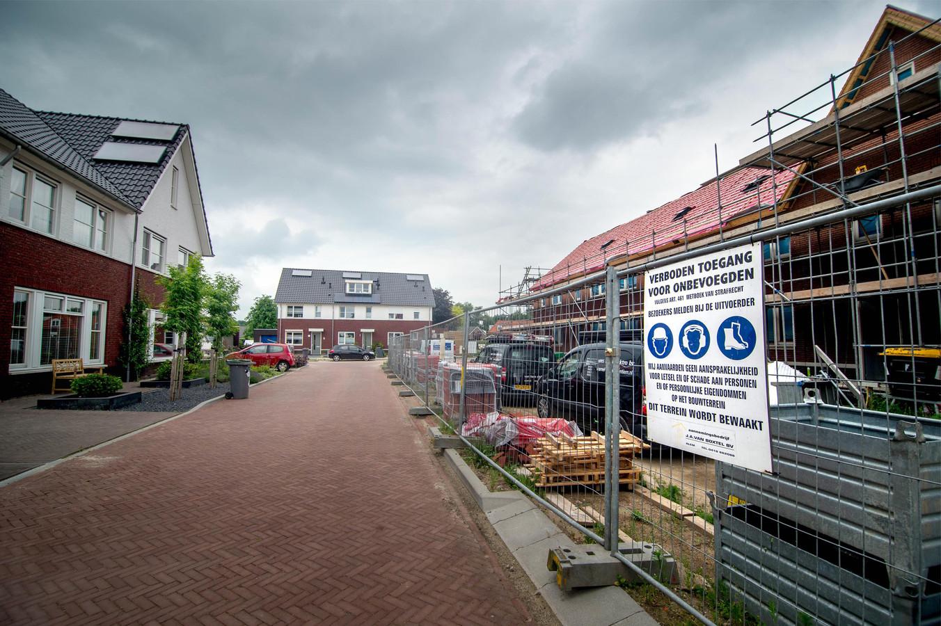 Het hoge rot in Hernen tijdens de bouw in 2017. Hier gaat het om koophuizen.