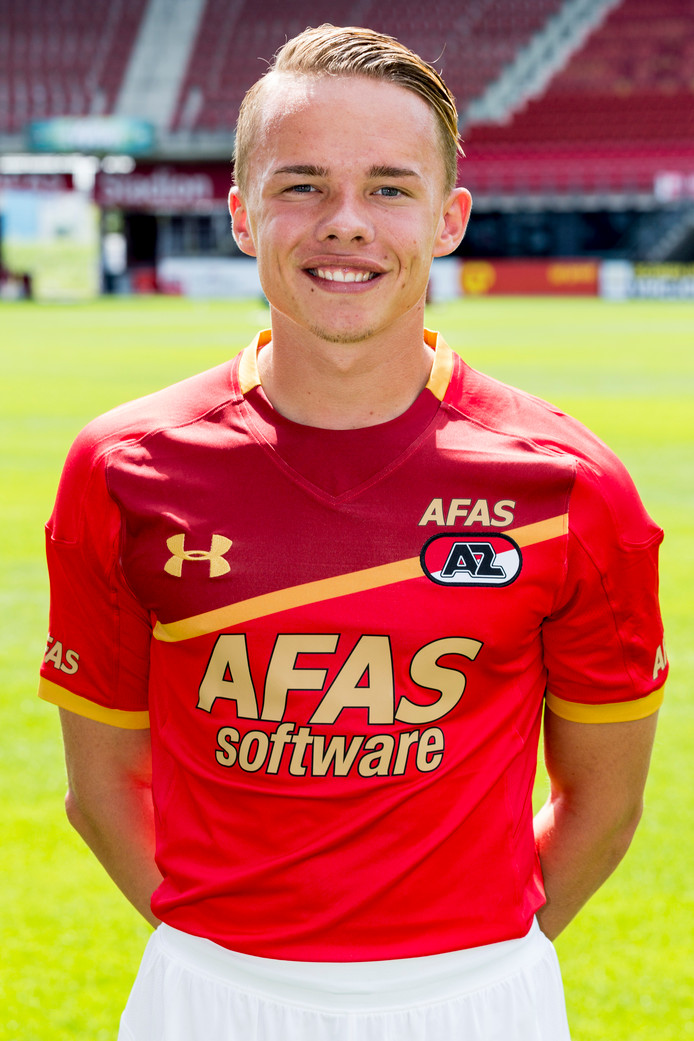 Nieuwkomer Danny Mühl van AZ debuteert bij Jong Vitesse.