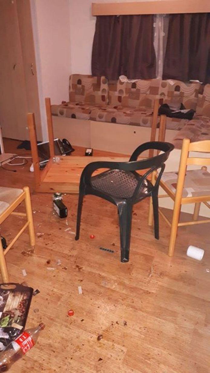 De man bleek de inventaris van een huurchalet op een camping in Kaatsheuvel te hebben vernield.