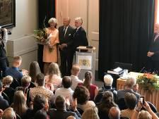 De vlag wappert, de klok luidt en het draaiorgel speelt: Zaltbommel heeft een nieuwe burgemeester