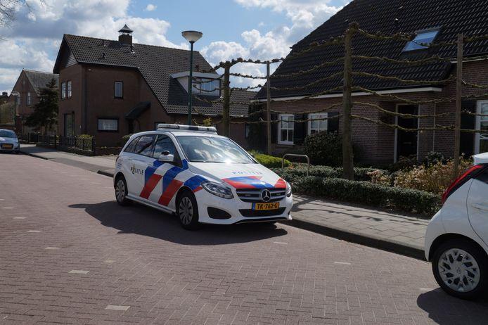 Politie onderzoekt incident met postdief in Sprang-Capella.