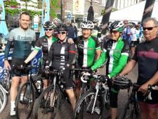 Corona-oproep: 'Fietser, train alléén, niet in groepjes', zegt Koos Moerenhout