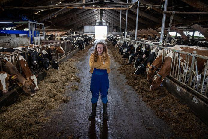 Boerendochter Amanda Knol uit Mastenbroek neemt de boerderij van haar vader over.