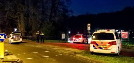 Arnhemse agent slaat agressieve arrestant gebroken oogkas, maar is niet strafbaar