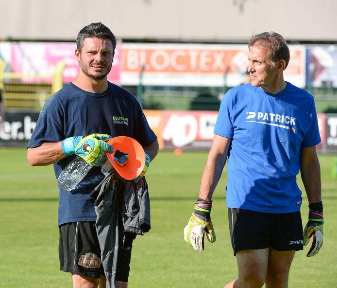 """Patrick Himpe (r.) naast Pieter Merlier: """"Ik speelde bij Harelbeke van eerste provinciale tot tweede nationale en een keer of vier de eindronde."""""""