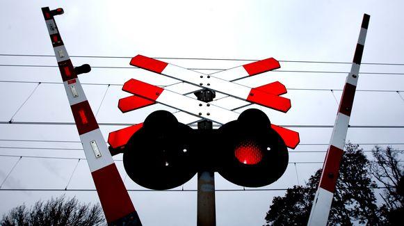 Aan de spoorwegovergang in Attenhoven wordt vanaf maandag gewerkt.