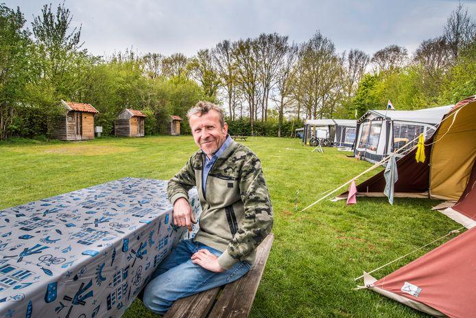 Camping Den Borg in Rekken is ook dit jaar weer goed gevuld, meldt eigenaar Hennie Lensink. Duitse toeristen zijn vanwege corona niet welkom, Nederlanders vullen die lege plekken.