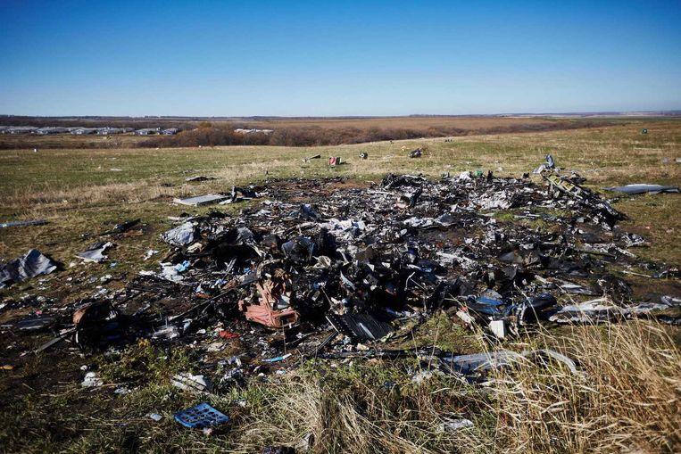 Er worden nog steeds stoffelijke resten aangetroffen op de plek van de ramp met de MH17. Beeld anp