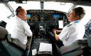 Piloten Pete Gamble en John Konstanzer zijn klaar voor de vlucht met een Boeing 737 Max van Dallas naar Tulsa.
