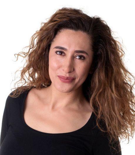 Fidan Ekiz schrijft gedicht voor Jules Deelder: alle poëzie is voor ons