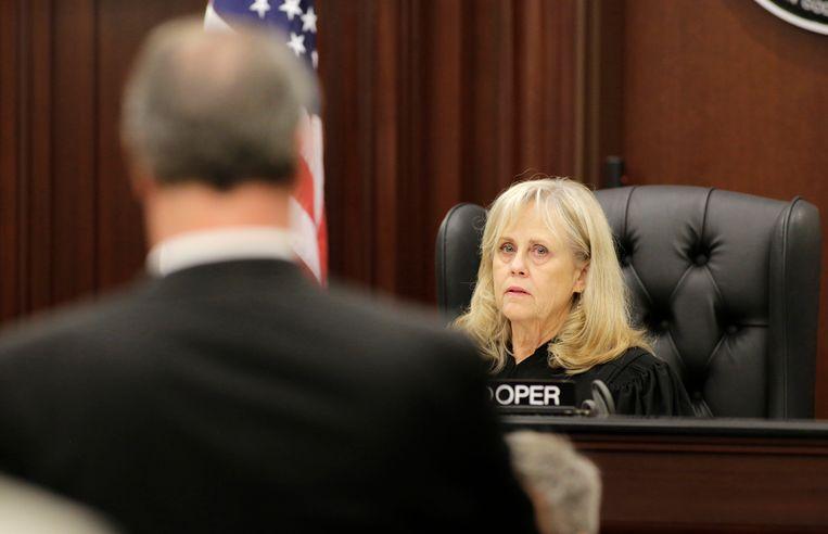 Rechter Mallory Cooper.