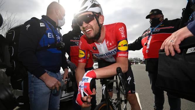 """Kasper Asgreen en ploegmaats genieten na zege in Ronde: """"Echt ongelofelijk!"""""""