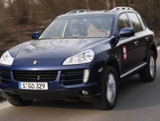 Hasselaar verduistert BMW X5 en Porsche Cayenne: 15 maanden cel