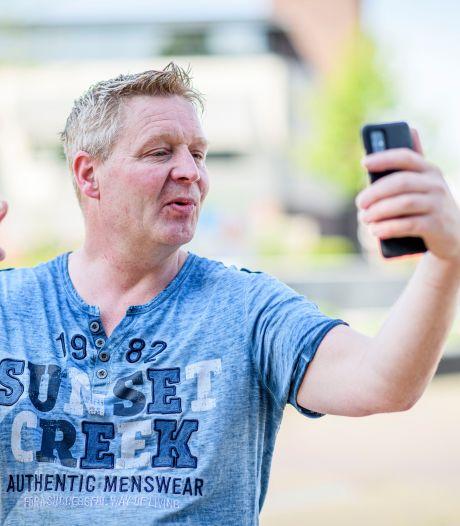 De video's van Jan (42) zijn bekend in heel Westerhaar: 'Maar die diefstal pleegde ik niet echt'