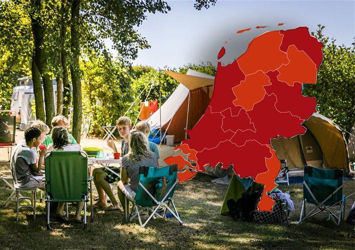 Overijssel en Gelderland kleuren donkerrood op de Europese coronakaart van het ECDC, terwijl Flevoland op rood blijft staan.