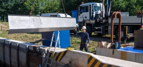 Waterschap Vechtstromen hakt schoorvoetend knoop door: sluizen bij Junne en Mariënberg voortaan mét toezicht