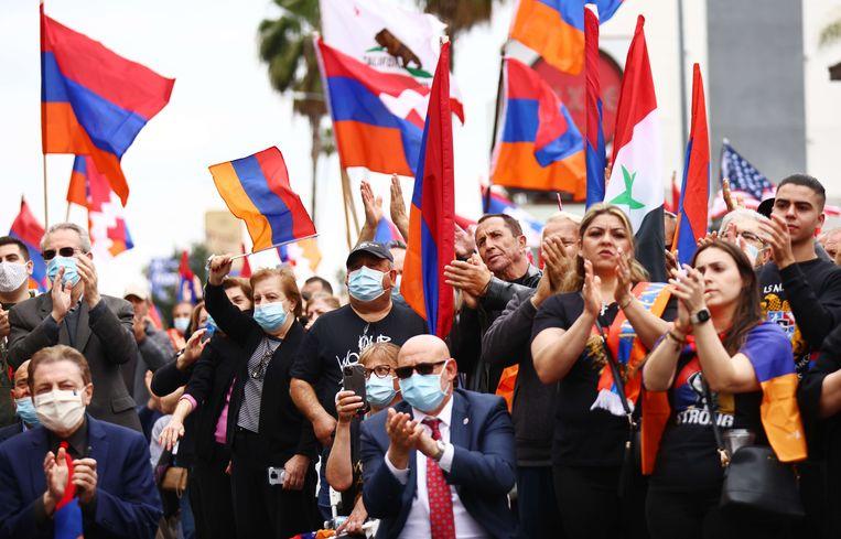Amerikaanse Armeniërs en sympathisanten herdachten zaterdag in Hollywood de massamoord op de Armeniërs in 1915. Beeld AFP