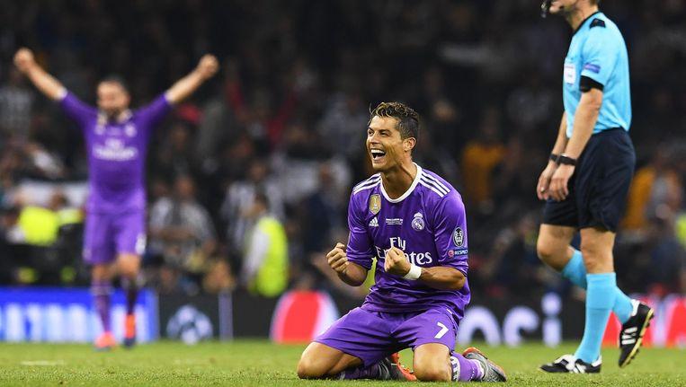 De kans is niet gering dat deze Cristiano Ronaldo opnieuw in de prijzen valt. Beeld EPA