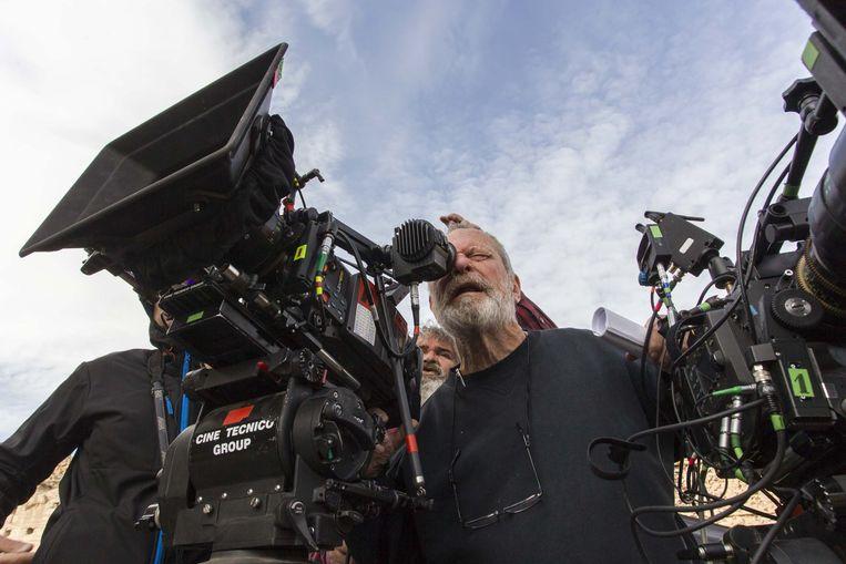 Terry Gilliam tijdens de opnames van 'The Man Who Killed Don Quixote'. Beeld rv