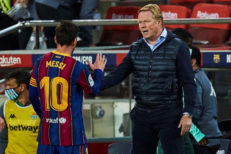 Het respect tussen Messi en coach Ronald Koeman is groot. Beeld EPA