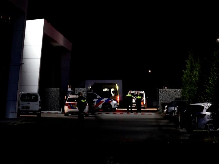 Politie treft gewonde man aan in Wijk en Aalburg