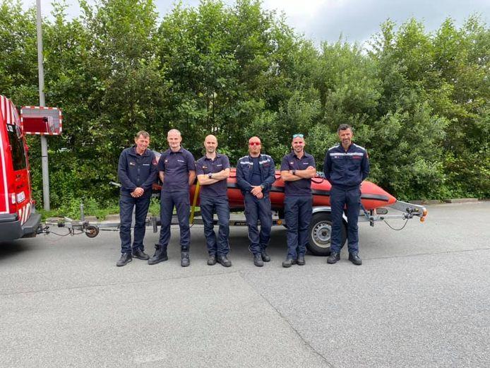 Zes brandweermannen van de Hulpverleningszone 1 zijn donderdagmiddag naar Luik vertrokken.