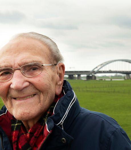 Na 85 jaar valt het doek voor iconische Lekbrug: 'Het is een uniek silhouet, je ziet de brug overal vandaan'