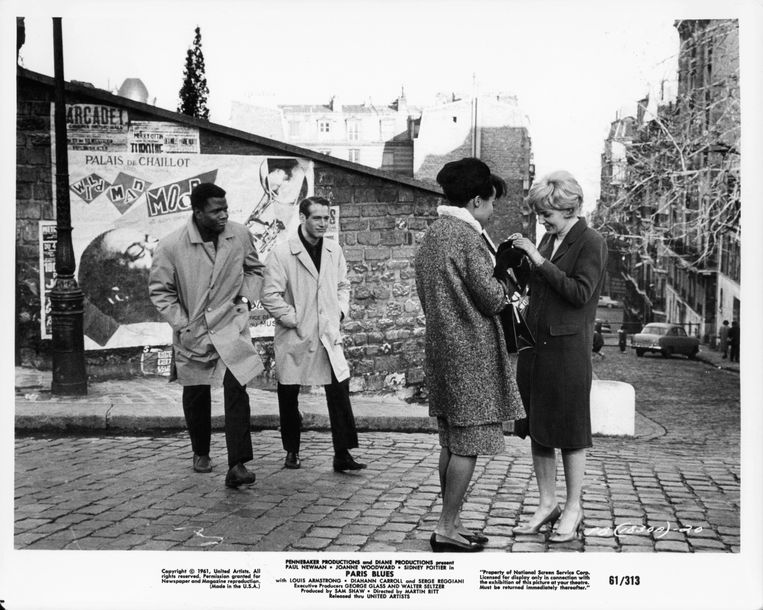Sidney Poitier en Paul Newman in 'Paris Blues' (1961) Beeld Getty Images