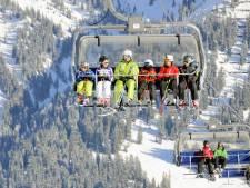 'Nederlands meisje (6) zwaargewond uit skilift gehaald'