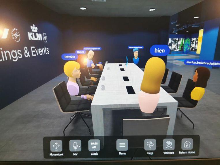 De vliegtuigmaatschappij KLM experimenteert met vergaderen in virtual reality. Beeld RV
