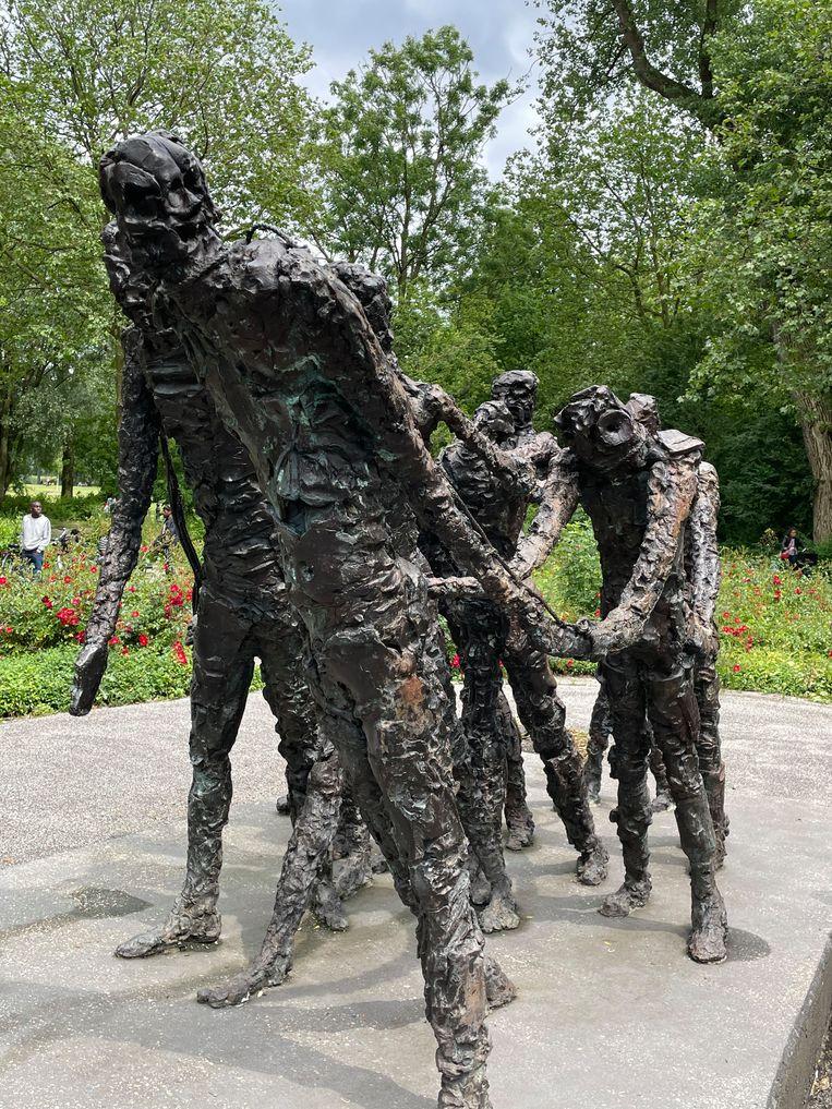 Het Nationaal Monument Slavernijverleden in het Oosterpark. Beeld Floor van Spaendonck en Gijs Stork