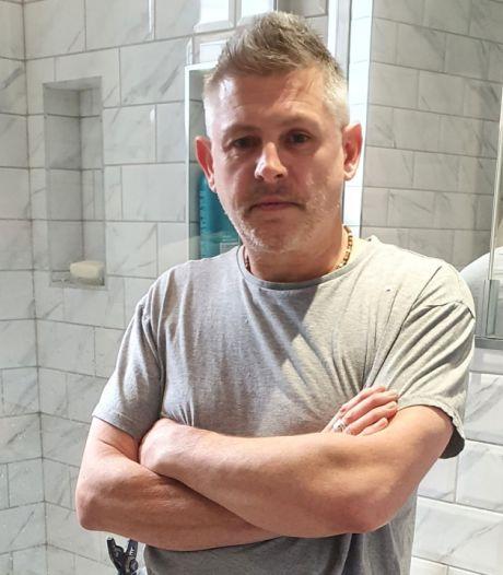 Ce plombier anglais sort son premier album après avoir été repéré par un client