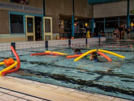 Petitie ruim 500 keer ondertekend: naam zwembad Veldhoven graag behouden