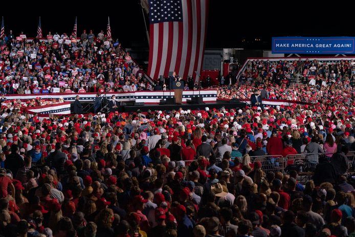Le président Donald Trump s'exprimant lors d'un rassemblement de campagne le 16 octobre 2020 à Macon, en Géorgie.