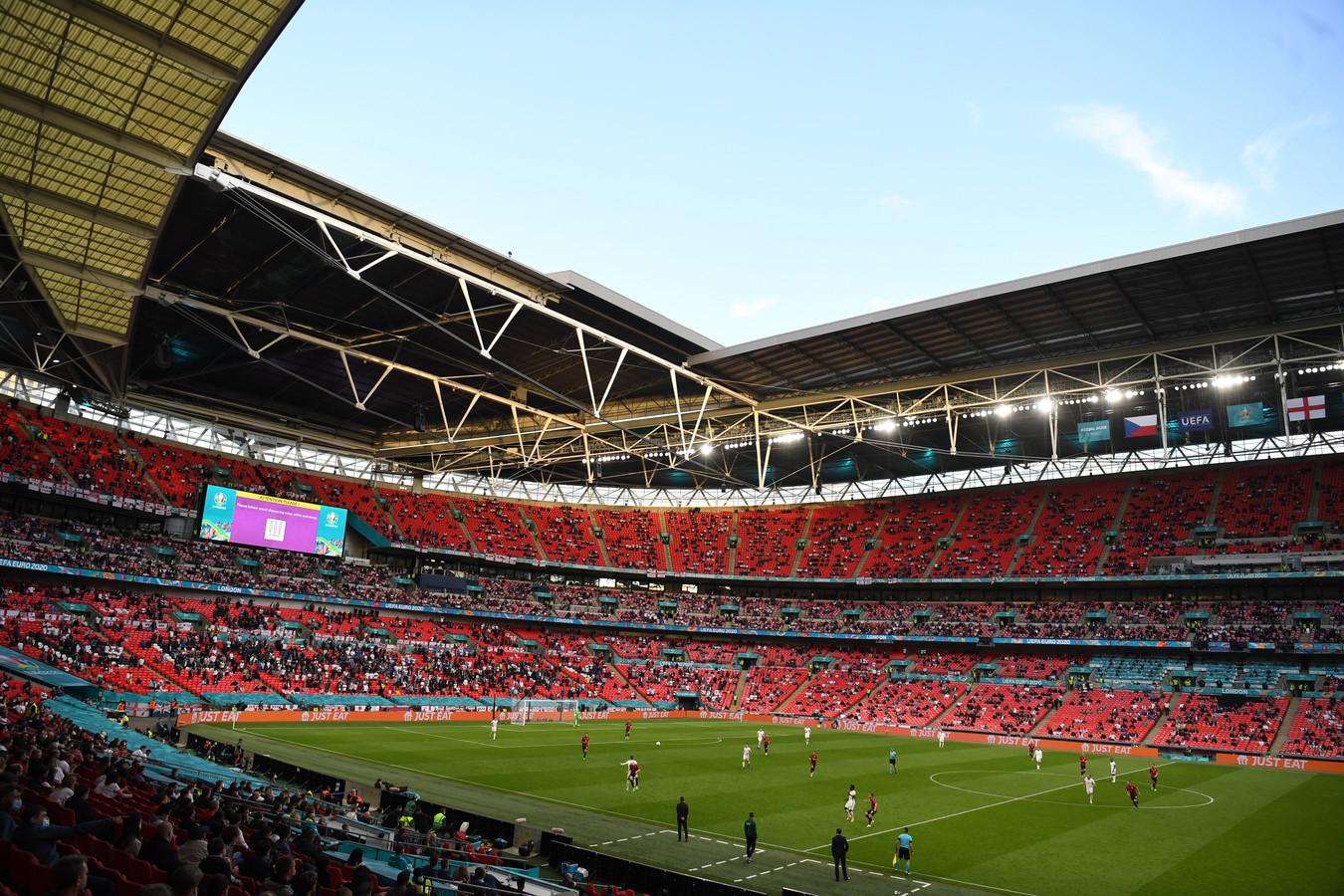Het Wembleystadion zal met zowat 60.000 fans gevuld worden tijdens de EK-finale.