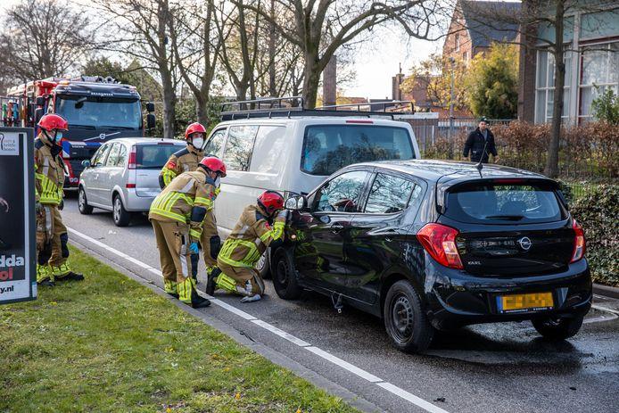 Ongeluk met drie auto's in Roosendaal.
