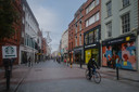 Verlaten Grafton Street in het centrum van Dublin.