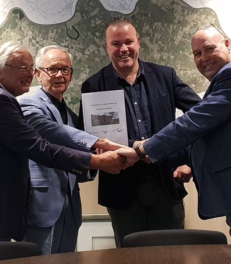 Gemeente Oss, BrabantWonen en Stichting Wijkcentrum Ruwaard tekenen voor nieuw wijkcentrum Iemhof