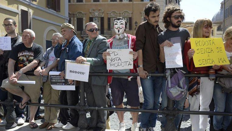 Supporters van de Vijf Sterren Beweging in Rome. Beeld afp