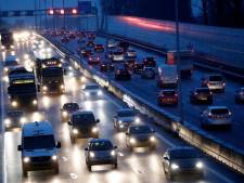 A50 van Zwolle naar Apeldoorn uren dicht na ongeluk