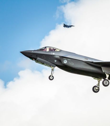 Vrees voor 'enorme bak herrie' boven stille Kop van Overijssel door straaljagers: 'De hemel vergaat als dat ding voorbij raast'
